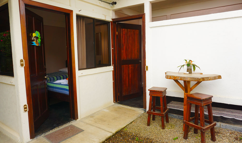 Outdoor area and bathroom Cabina 5